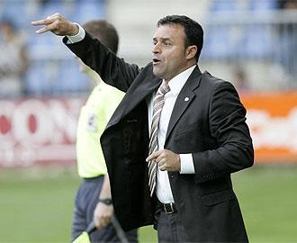 Salmerón espera lograr el objetivo del ascenso con el Almería B.