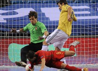 Jordi Torras, justo antes de marcar el 2-1 que romp�a la igualada