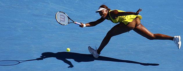 Venus Williams durante su partido contra Casey Dellacqua