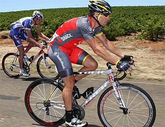 Lance Armstrong, durante una etapa del Tour Down Under