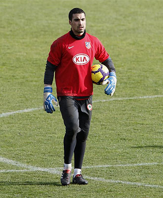 Sergio Asenjo, durante un entrenamiento del Atl�tico de Madrid