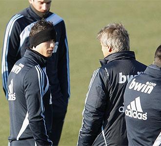 Cristiano Ronaldo antes del entrenamiento del Madrid.