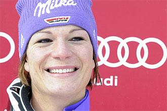 Maria Riesch sonr�e tras imponerse en el descenso de Saint Moritz