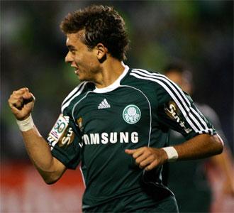 Keirrison, en un partido con el Palmeiras.