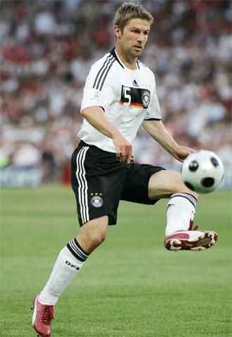Hitzlsperger, durante un partido con la selecci�n alemana.