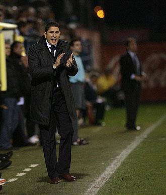 Juan Carlos Garrido, durante un partido como t�cnico del filial del Villarreal.