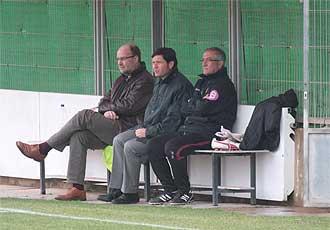 Alemany, Nando Pons y Manzano durante el entrenamiento de este jueves.
