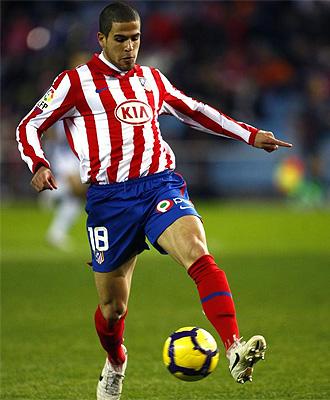 �lvaro Dom�nguez, durante un partido con el Atl�tico de Madrid