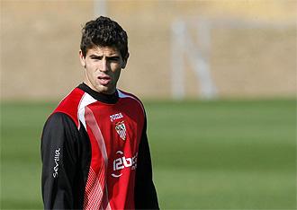Fazio, en un entrenamiento del Sevilla