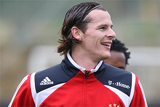 Van Buyten se entrena con el Bayern