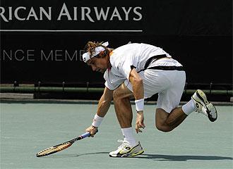 Ferrer 'tropez�' en las semifinales de Johanesburgo.