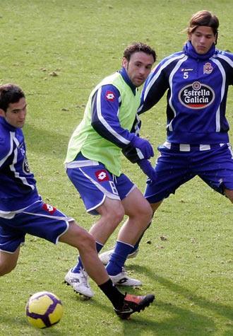 Sergio durante un entrenamiento junto a Antonio Tom�s y Ze Castro