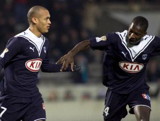 Yoan Gouffran y Abdou Traore celebran un gol del Girondins.