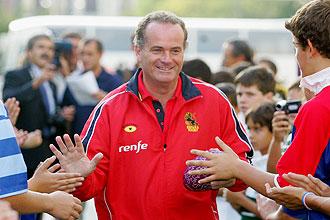 El seleccionador nacional Ged Glynn durante un acto de promoci�n del rugby en Madrid.