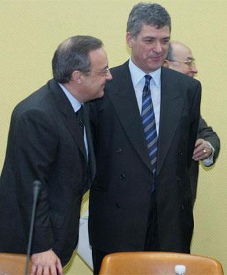 Florentino P�rez junto a �ngel Mar�a Villar, en una imagen de archivo