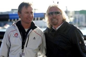 Ernesto Bertarelli, presidente del Alinghi, junto al magnate ingl�s Richard Branson.