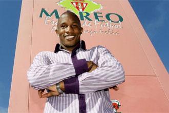Gregory posa para MARCA en als instalaciones de MAREO.