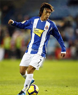 El japon�s Nakamura, durante un partido con el Espanyol
