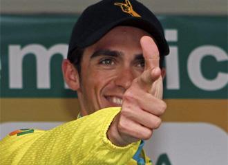 Contador celebra la victoria.