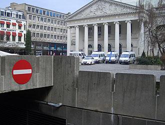 En la Plaza de la Moneda tuvieron lugar los incidentes entre ultras y la polic�a belga.
