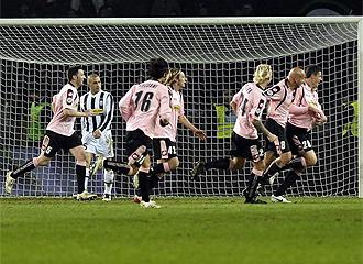 El Palermo celebra uno de los goles