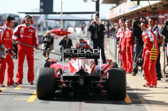 La zaga del Ferrari F10 de Alonso, el pasado viernes en el Cricuito de Montmel�
