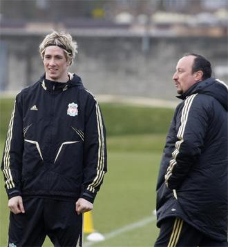 Torres y Ben�tez durante un entrenamiento