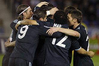 Los jugadores del Real Madrid celebran un tanto en Tenerife