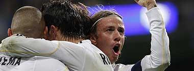 Los jugadores del Madrid celebrando un gol
