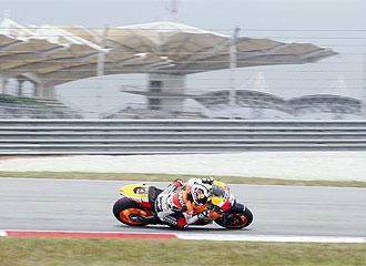 Pedrosa hace pruebas en el circuito de Sepang, cerca de Kuala Lumpur
