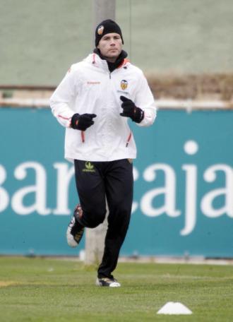 David Navarro, durante un entrenmiento con el Valencia