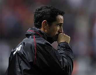 El Sevilla quiere dar la sorpresa y sacar algo positivo en el Bernab�u.