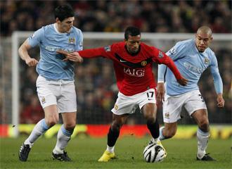Imagen de un encuentro entre Manchester United y Manchester City