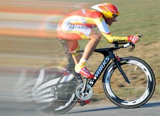 Alberto Contador, durante un momento del prólogo entre Monfort y L'Amaury