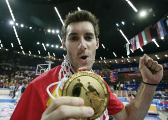 Rudy, con la medalla de oro del �ltimo Eurobasket