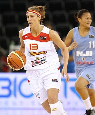 Amaya Valdemoro, en un partido con la selecci�n espa�ola.