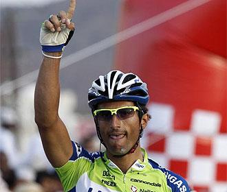 Daniele Bennati celebra una victoria.