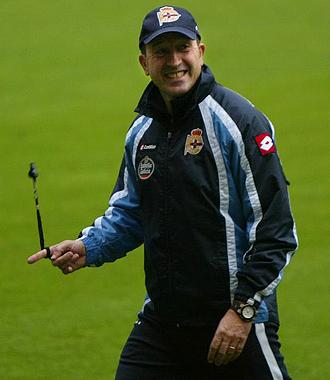 Miguel �ngel Lotina, durante un entrenamiento esta semana del Deportivo.