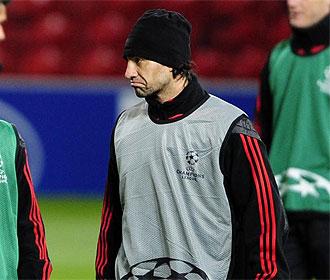 Nesta, en un entrenamiento del Milan.