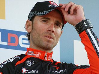 Alejandro Valverde en el podio de la Par�s-Niza