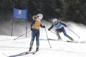 Anna Cohí y Raquel García en la última prueba de los Juegos Paralímpicos de Vancouver.