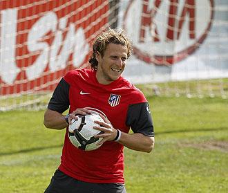 Diego Forl�n, en un entrenamiento reciente.