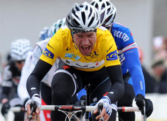 Voigt ganó la cuarta etapa en Ascó
