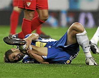Javi M�rquez se lesion� contra el Sevilla.