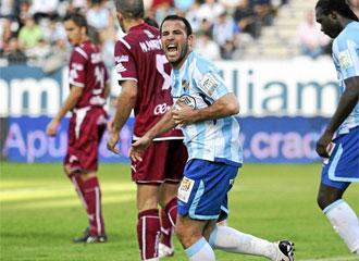Apo�o grita al l�nea en el partido ante el Tenerife