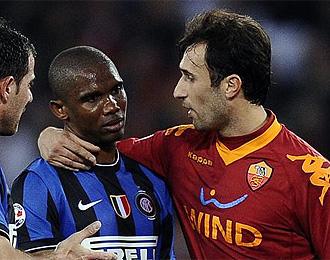 Samuel Eto'o durante el partido contra la Roma.