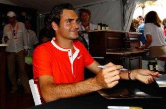 Federer, en una firma de autógrafos en Miami.