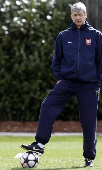 Wenger, en el �ltimo entrenamiento del Arsenal