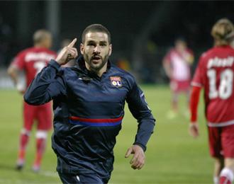 Lisandro celebra uno de sus tantos al Girondins.