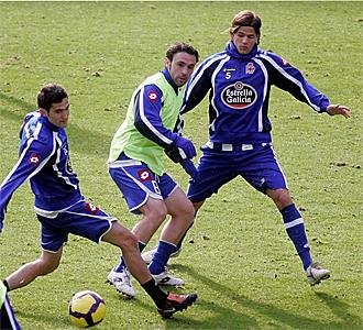 Z� Castro y Sergio durante el entrenamiento en Abegondo.